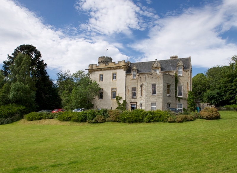 tulloch_castle_hotel_exterior_scotland