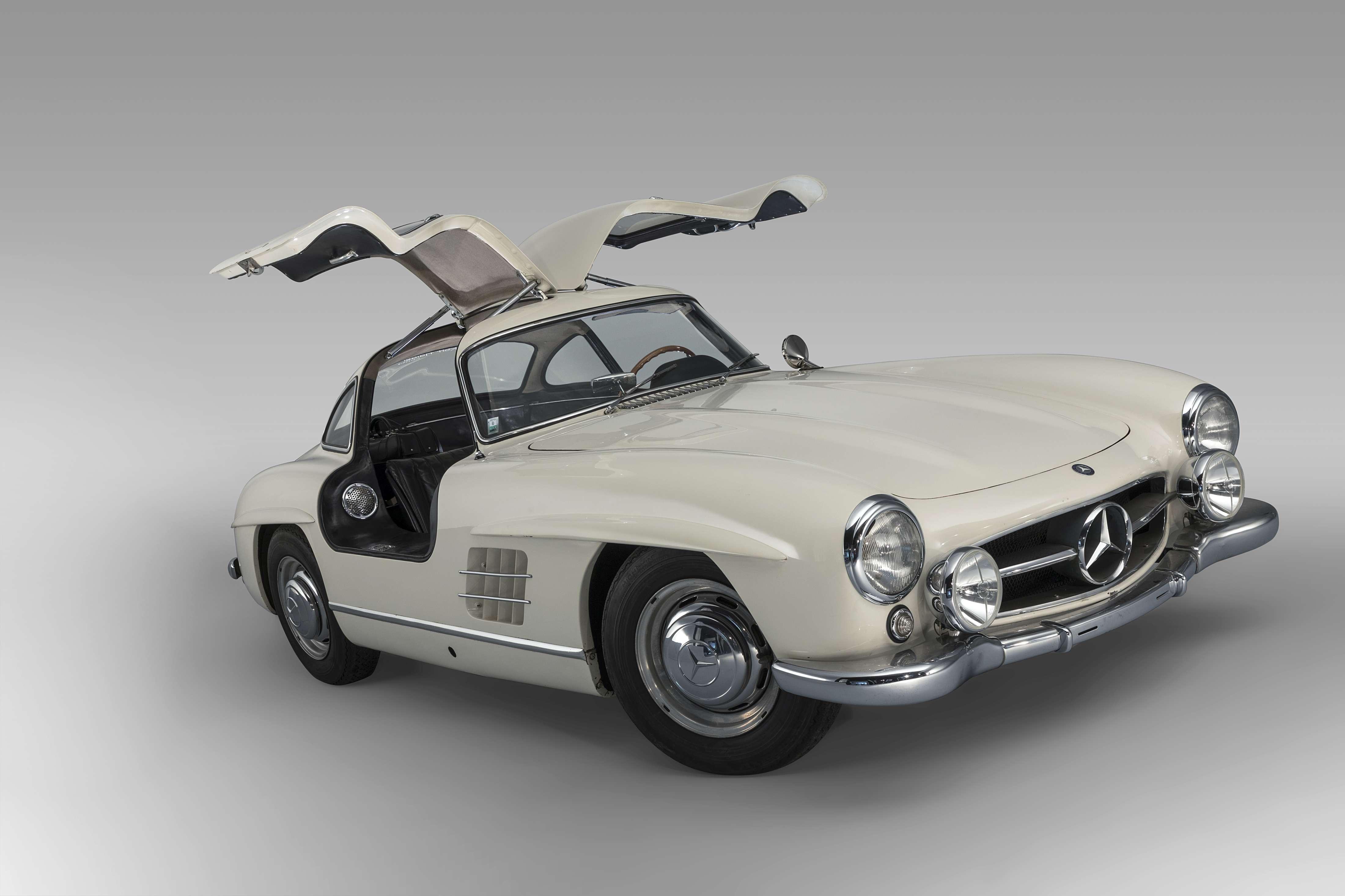 Mercedes1956 300 SL Gullwing